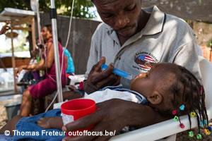 ハイチ:コレラ流行続き病床数が...
